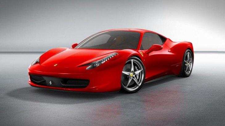 Ferrari 458 Italia ถือเป็นรถสปอร์ตยอดฮิตจากค่ายม้าลำพอง เพราะนอกจากจะมีดีไซน์หรูหราเหนือระดับแล้ว ยังเป็นรุ่นที่มีความโดดเด่นในทุกๆส่วนเลยก็ว่าได้