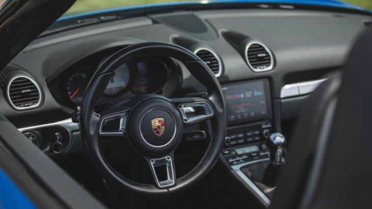 ดีไซน์ภายในและในส่วนของคนขับ