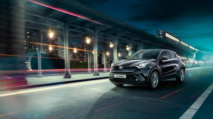 All New Toyota CH-R 2018 มีรูปทรงสวยงามน่าสนใจ โดยเฉพาะเส้นสายการออกแบบ