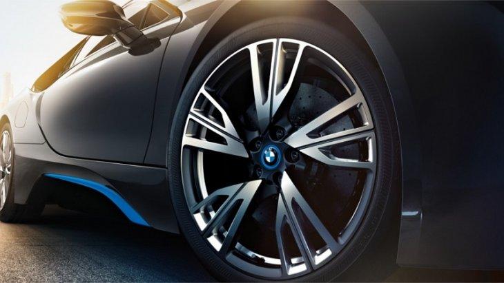 เสริมความเท่สไตล์สปอร์ตให้กับ BMW i8 Coupe 2018 ด้วยล้ออัลลอยสไตล์สปอร์ต