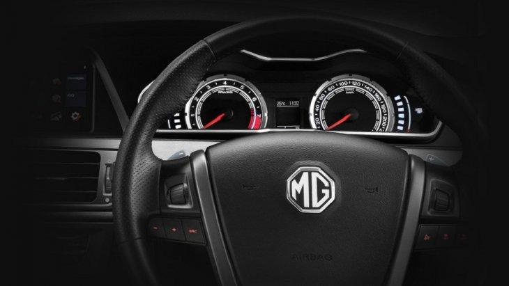 พวงมาลัย MULTI-FUNCTION สั่งการความเร็วจากเกียร์ 6 สปีดได้อย่างง่ายดาย ด้วย PADDLE SHIFT ที่ทำให้คุณสนุกกับการขับขี่ ได้ทุกช่วงความเร็ว
