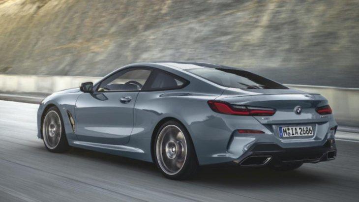 ติดตั้งเครื่องยนต์เบนซิน BMW TwinPower Turbo แบบ V8 ความจุ 4.4 ลิตร ให้กำลังสูงสุด 530 แรงม้า