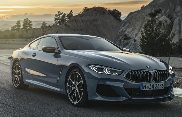 BMW M850i xDrive Coupe มาพร้อมโครงสร้างตัวถังและระบบขับเคลื่อนทำจากวัสดุอลูมิเนียม แมกนีเซียมและคาร์บอนไฟเบอร์