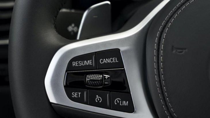 BMW M850i xDrive Coupe ถูกติดตั้งระบบช่วยเหลือผู้ขับขี่