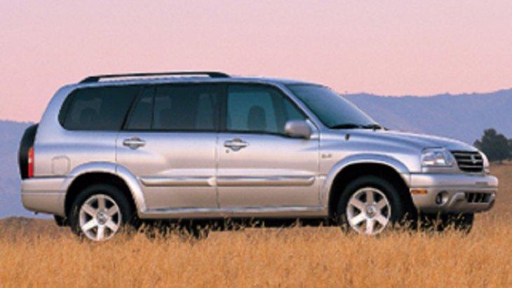 ปี 2001  SUZUKI  SJ410 รถ 4X4 ที่พัฒนาให้มีรูปทรงที่สวยและทันสมัยมากยิ่งขึ้น