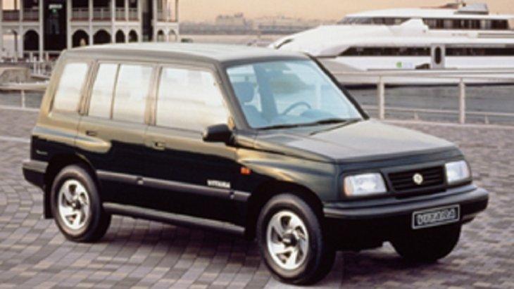 ปี 1991  SUZUKI Vitara รุ่น 5 ประตู มาพร้อมกับขนาด 1.6 ลิตร 80 แรงม้า