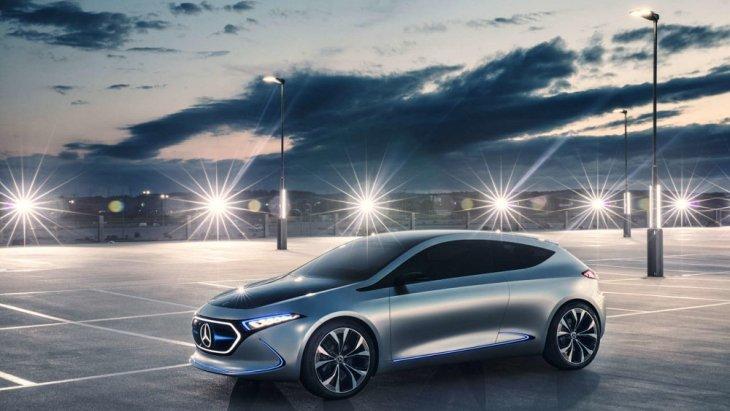 Concept EQA เพิ่มความโดดเด่นด้วยไฟหน้าแบบเลเซอร์ ไฟเบอร์ ด้วยด้วยติดตั้งแสงเลเซอร์ไว้ในเคเบิ้ลใยแก้ว