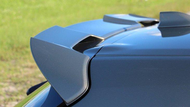 ด้านขุมพลังในตลาดอังกฤษมีให้เลือกทั้งเครื่องยนต์ไฮบริด 1.8 ลิตร และ 2.0 ลิตร