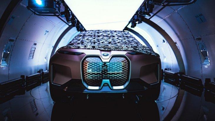 BMW มองอนาคต เตรียมวางแผนที่จะสร้าง Vision iNext