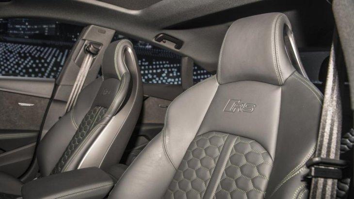 มาพร้อมกับพื้นฐานเครื่องยนต์เบนซินพิกัด 2.9 ลิตรแบบ V6 TFSI