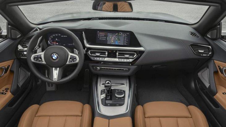 ภายในห้องโดยสารมาพร้อมระบบอินโฟเทนเม้นท์ BMW iDrive 7.0 ใหม่ล่าสุด