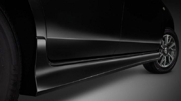เพิ่มความโฉบเฉี่ยวให้กับ Nissan Almera 2018-2019  ด้วยสเกิร์ตข้าง ดีไซน์พิเศษ