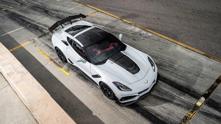 """ทีมงานของ General Motors แบรนด์รถยักษ์ใหญ่จากทางฝั่งประเทศสหรัฐอเมริกานั้นได้ยืนยันว่ารถแบบ """"all Corvette models 2019"""" หลายๆ คนนั้นจะมาทำการเปิดตัวภายในวันที่ 17 ธันวาคมที่ผ่านมา"""