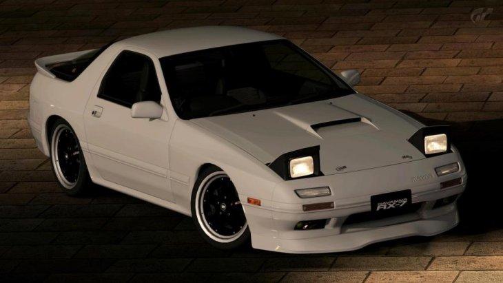 สปอร์ต Mazda ตระกูล RX และเครื่องยนต์สูบหมุนแบบโรตารี่