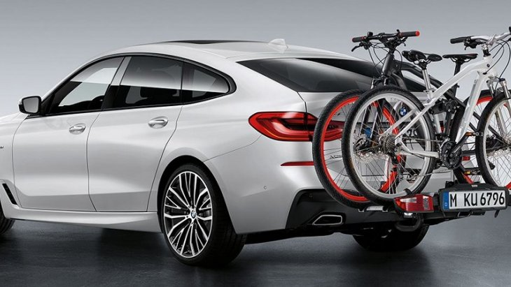 BMW 6 Series Gran Turismo มาพร้อมกับอุปกรณ์เสริมแร็คติดท้ายสามารถบรรทุกรถจักรยานได้ถึง 2 คัน