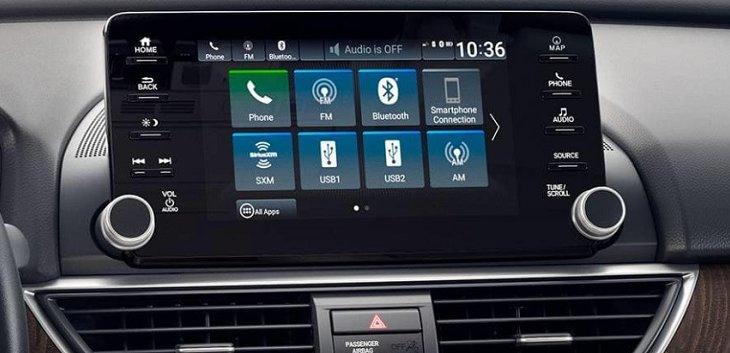 หน้าจอแสดงผลระบบสัมผัสขนาด 8 นิ้ว สำหรับแสดงผลระบบความบันเทิง การติดต่อสื่อสาร และการนำทาง
