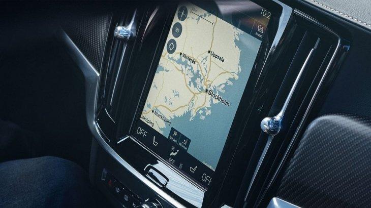ระบบนำทาง Sensus Navigation ที่สามารถเชื่อมต่อกับโทรศัพท์ ได้อย่างง่ายดายและแสดงผลผ่านหน้าจอระบบสัมผัสขนาด 9 นิ้ว
