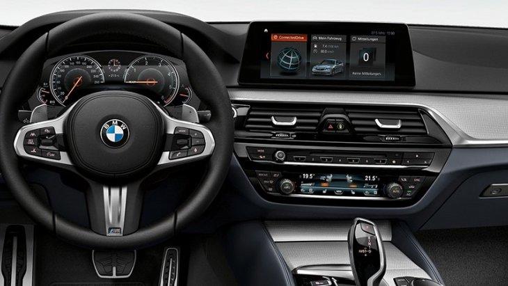 BMW 5 Series Touring 2019 มาพร้อมอุปกรณ์อำนวยความสะดวกและเทคโนโลยีที่ทันมากมาย