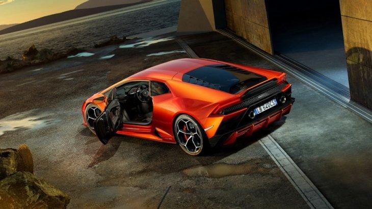 Lamborghini Huracan EVO มาพร้อมกับอัพเกรดบุคลิกใหม่
