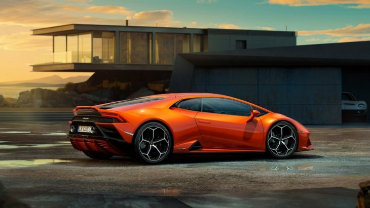 Lamborghini เปิดตัวรถใหม่รับปีศักราช 2019 ด้วย Lamborghini Huracan EVO