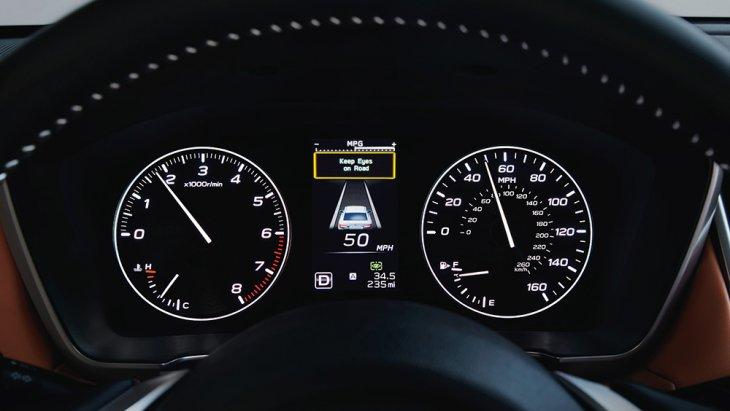 นอกจากนี้ Subaru Global Platform ยังดูดซับแรงกระแทกจากการชนด้านหน้าและด้านข้างได้ดีขึ้น 40 เปอร์เซ็นต์ ในกรณีที่ไม่สามารถหลีกเลี่ยงการปะทะได้ ส่วนระบบความปลอดภัยเชิงป้องกัน EyeSight Driver Assist Technology มีให้ทุกรุ่นมาตรฐาน