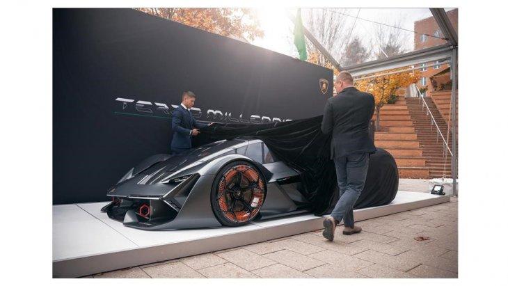 ไม่ใช่เรื่องแปลกที่ Lamborghini จะมีไฮเปอร์คาร์ ไฮบริด รุ่นพิเศษ ผลิตแบบจำกัดจำนวนเพียง 63 คัน ตามปีที่เริ่มก่อตั้งบริษัท Lamborghini คือ 1963 หรือเมื่อ 56 ปีก่อน
