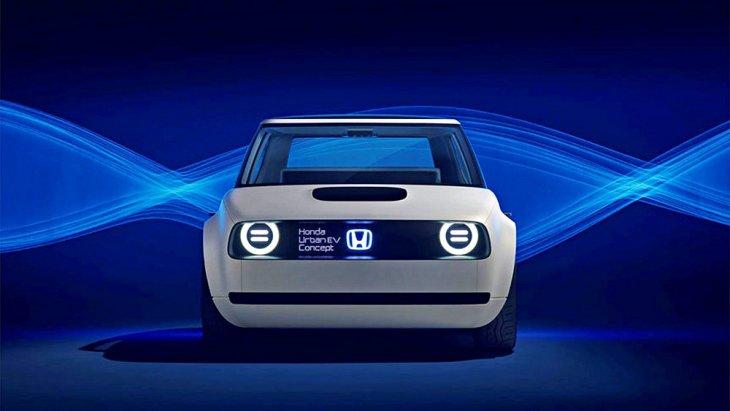 รถยนต์ไฟฟ้ารุ่นแรกของ Honda หรือ Honda Urban EV น่าจะไม่ธรรมดา เพราะนอกจากจะมีความน่ารัก มินิมอลแบบหุ่นยนต์ Asimo แล้ว คาแรกเตอร์ยังชัดด้วยดีไซน์ร่วมสมัยหรือ Contemporary ที่ปนความทันสมัยเข้ากับกลิ่นอายอดีต