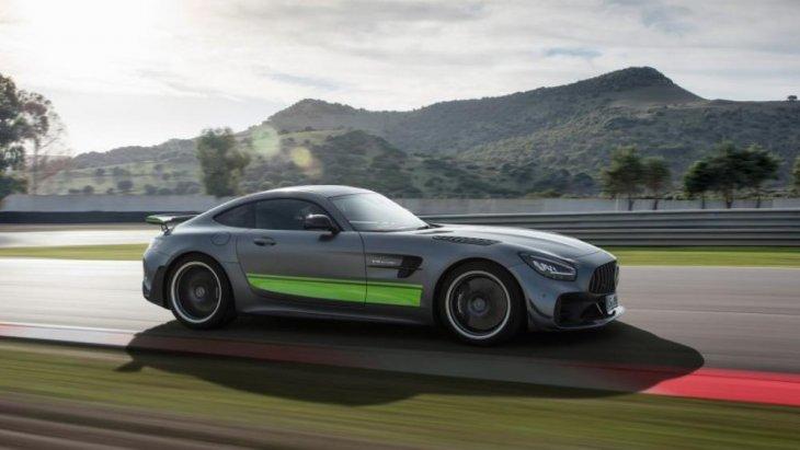 บริษัท เมอร์เซเดส-เบนซ์ (ประเทศไทย) จำกัด ส่งสองสุดยอดรถสปอร์ต เสริมแกร่งพอร์ตโฟลิโอกลุ่มรถยนต์สปอร์ตสมรรถนะสูงระดับพรีเมี่ยมของแบรนด์  อย่าง Mercedes-AMG