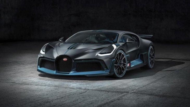 แต่จะรู้สึกถึงความดูดีกว่าสปอร์ตรุ่นใหม่ล่าสุดในสายการผลิตอย่าง Bugatti Chiron