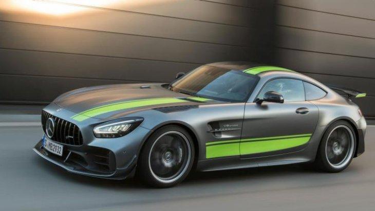 Mercedes-AMG เปิดตัว 2 รุ่นใหม่ GT R และ AMG GT C