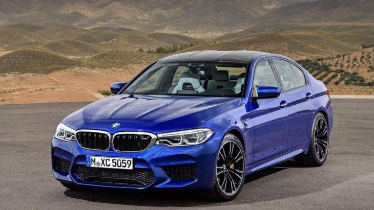 การทำงานของ BMW M5 จะร่วมกับเกียร์อัตโนมัติแบบ 8 จังหวะ