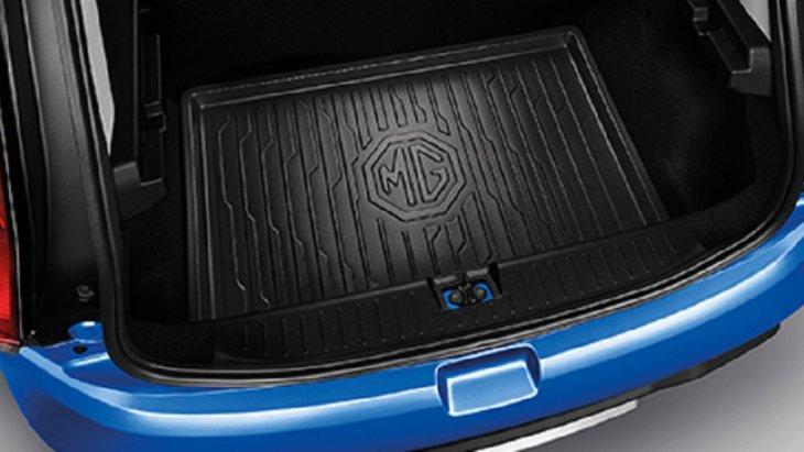 TRUNK TRAY ถาดวางสัมภาระท้ายรถ ป้องกันไม่ให้พื้นและสัมภาระเปียกชื้น หรือรอยขีดข่วน และยังสามารถทำความสะอาดได้ง่ายอีกด้วย
