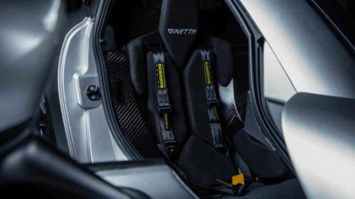 ขุมพล้งก็มาจากเครื่อง V8 ที่ออกแบบและพัฒนาโดย In-House Designed