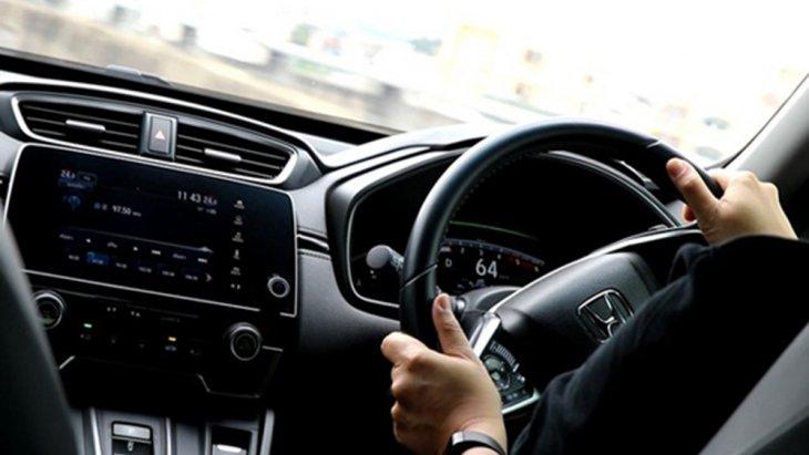 Honda Accord 2019 ติดตั้งระบบควบคุมเสถียรภาพการทรงตัวแบบ VSA และ ระบบเตือนป้ายสัญญาณจราจร Traffic Sign Recognition