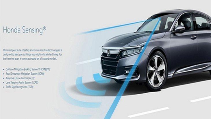 Honda Accord 2019 ติดตั้งเทคโนโลยีระบบความปลอดภัย Honda Sensing ที่ได้รวบรวมเอาฟีเจอร์ระบบความปลอดภัยสุดล้ำเอาไว้มากมาย อาทิ ระบบแจ้งเตือนและช่วยเหลือเมื่อรถออกนอกเลนแบบ RDM With LDW