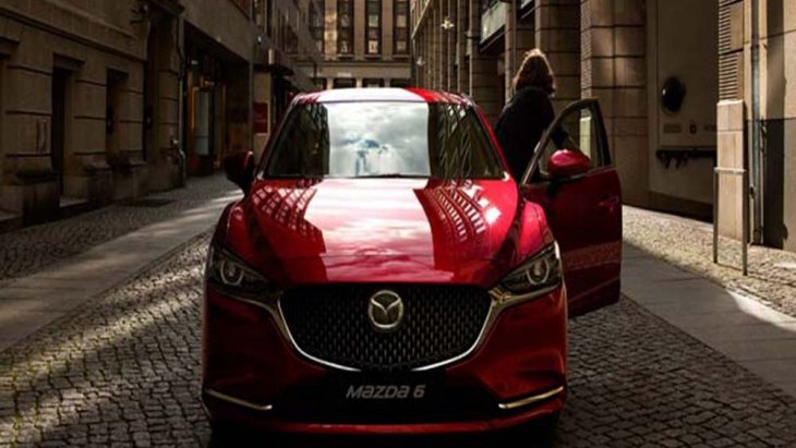 Mazda 6 2019 มอบความประทับใจผ่านกระจังหน้าแบบรังผึ่งขนาดใหญ่ตกแต่งด้วยสีโครเมียมรมดำ