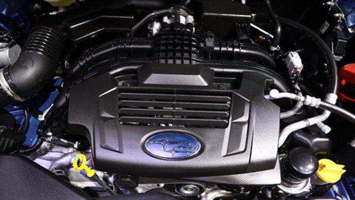 Subaru Forester รุ่นปรับโฉม 2019 ติดตั้งเครื่องยนต์เบนซิน Boxer 4 สูบ DOHC 16 วาล์ว ขนาด 2.0 ลิตร ให้กำลังสูงสุด 156 แรงม้า ที่ 6,000 รอบ/นาที แรงบิดสูงสุด 196 นิวตัน-เมตร ที่ 4,000 รอบ/นาที ส่งกำลังด้วยระบบเกียร์อัตโนมัติ Lineartronic CVT 7 สปีด