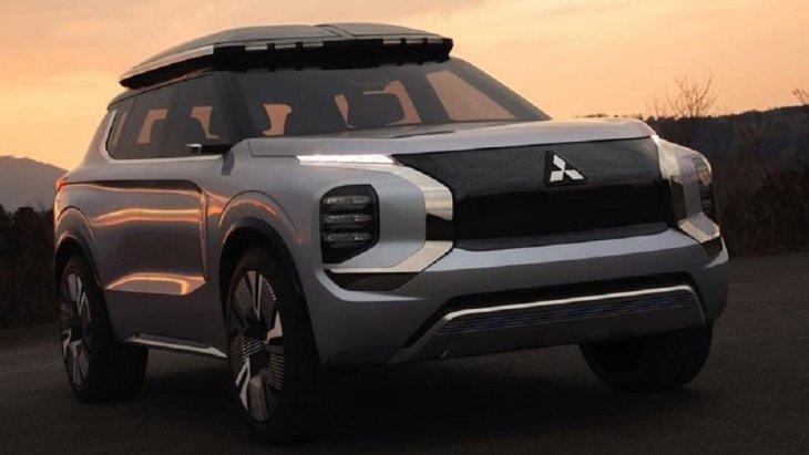 Mitsubishi Engelberg Tourer 2019 ใหม่
