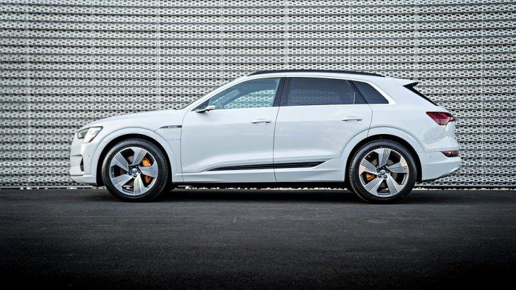 เส้นสายตัวถังจะคล้ายรถ SUV ตระกูล Q ของ Audi มีขนาดกลางกึ่งใหญ่ เล็กกว่า Audi Q7 หน่อย แต่ใหญ่กว่า Audi Q5 ด้วยมิติตัวถัง ยาว 4,900 มม. กว้าง 1,938 มม. สูง 1,663 มม
