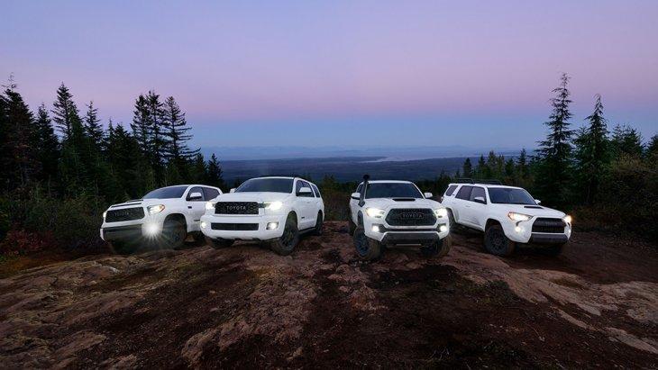ถ้า Toyota Sequoia มาอยู่เมืองไทย ก็คงจะใหญ่โตและกินจุเกินไป ซึ่งใหญ่กว่า Toyota Fortuner ไปอีกหนึ่งเบอร์ โดยในสหรัฐฯ นั้นมีราคาอยู่ระหว่าง 48,700-64,410 ดอลลาร์ (1.5-2.0 ล้านบาท)