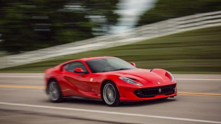 เคาะราคาจำหน่าย Ferrari 812 superfast ประมาณ 31.5 ล้านบาท