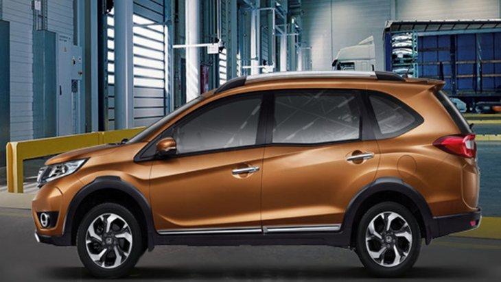 Honda BR-V 2019 ติดตั้งกระจกมองข้างพร้อมไฟเลี้ยวในตัวสีเดียวกับตัวรถสามารถปรับและพับได้ด้วยไฟฟ้า