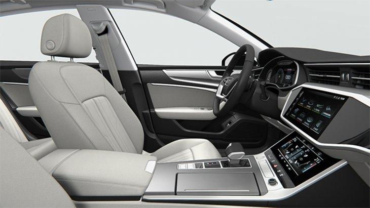 ภายในรถยังโดดเด่นด้วยภาษาการออกแบบใหม่ของอาวดี้