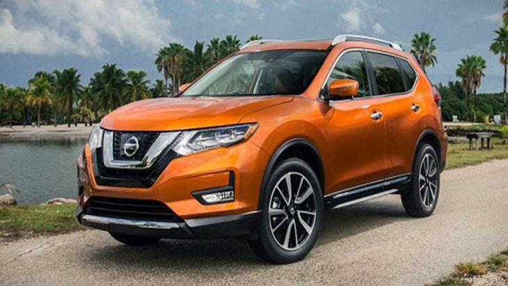 Nissan X-Trail เพิ่มความประทับใจผ่านเส้นสายบนตัวรถที่ถูกดีไซน์ให้สปอร์ตโฉบเฉี่ยวตอบโจทย์การขับขี่ในทุกสภาพถนนพร้อมกับให้ความนุ่มนวลแก่ห้องโดยสารได้เป็นอย่างดี