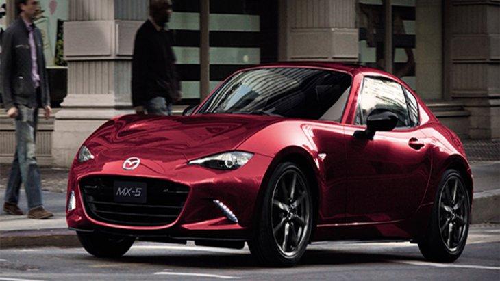 Mazda MX-5 RF 2019 รถสปอร์ตหลังคาแข็งที่มาพร้อมกับฟังก์ชั่นอำนวยความสะดวกในระดับเฟิร์สคลาส พร้อมทางเลือกรุ่นย่อย 2 รุ่น ได้แก่ Mazda MX-5 RF 2.0 Skyactiv M/T ราคา 2,820,000 บาท และ Mazda MX-5 RF 2.0 Skyactiv A/T ราคา 2,820,000 บาท