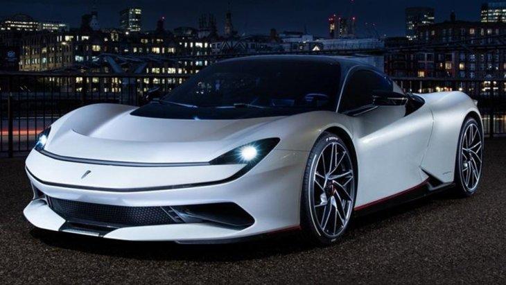 สำหรับ Pininfarina Battista 2019 ถูกเผยโฉมครั้งแรกที่งาน Geneva Motor Show 2019 เมื่อช่วงเดือนมีนาคมที่ผ่านมาและกำลังเปิดตัวอีกครั้งในประเทศอังกฤษ
