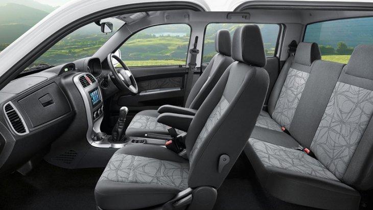ภายในห้องโดยสารของ TATA Xenon Double Cab 150 NX-Treme กว้างขวางนั่งสบาย และยังมาพร้อมกับความสะดวกสบายด้วยอุปกรณ์อำนวยความสะดวกที่ทันสมัย และยังเพิ่มวิสัยทัศน์ให้กับผู้ขับขี่