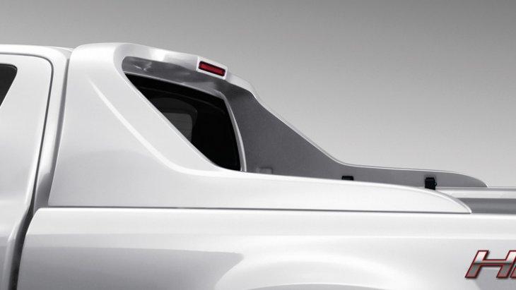 ชุดแต่ง Mazda BT-50 PRO  ชุดสไตลิ่งบาร์ (สีขาว – Cool White) หมายเลขอะไหล่ : UC2MT4981 ราคา  8,500 บาท (ไม่รวม VAT)