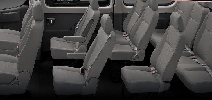 ภายในห้องโดยสาร NEW MG V80 กว้างขวาง นั่งสบายทั้ง 11 ที่นั่ง ผู้โดยสารสามารถเดินเข้าออกทุกที่นั่งได้อย่างสะดวก