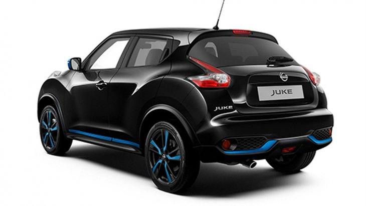 Nissan Juke เพิ่มความพิเศษด้วยที่เปิดประตูหลังที่มีการซ่อนอยู่บริเวณด้านบนของขอบประตูพร้อมกันชนหลังสุดแกร่ง อีกทั้งยังมีการติดตั้งที่ปัดน้ำฝนด้านหลังแบบหน่วงเวลา และ ระบบไล่ฝ้ากระจกหลังมาให้อีกด้วย